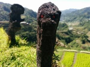 Estatuas en las terrazas de arroz de Banaue