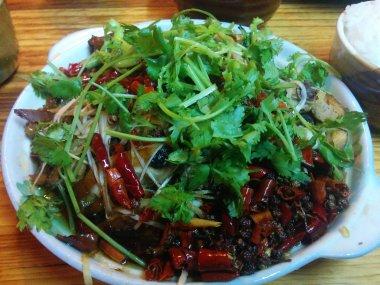 Mi primer plato en China tenía más guindillas que pollo. Me rendí a la mitad