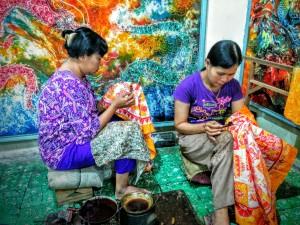 Pintando con ta técnica Batik