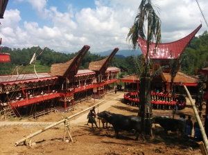 Estructuras construidas para el funeral